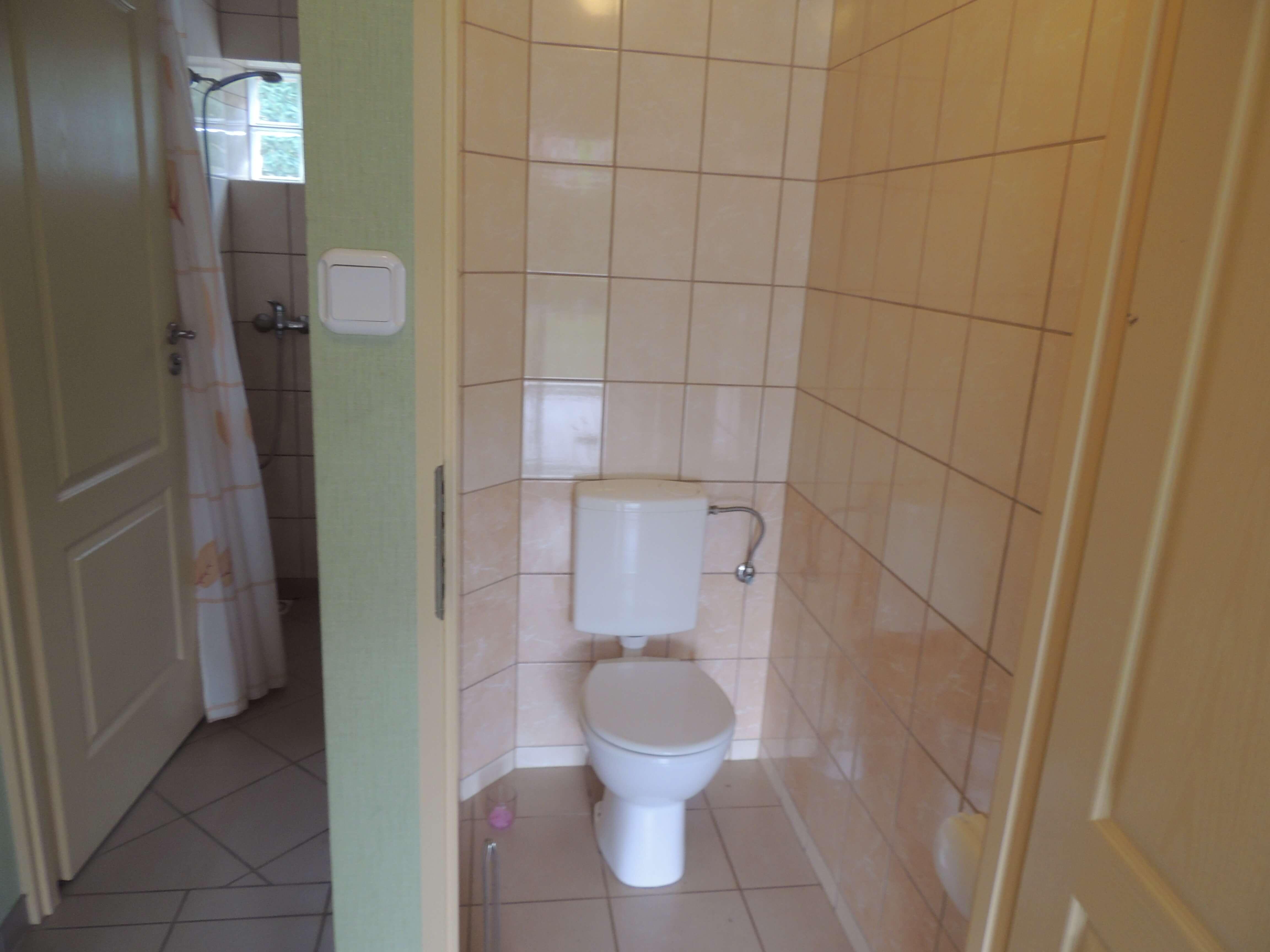 część B - wspólne WC